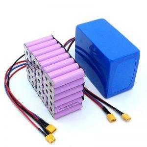 Tovární cena 18650 baterie Vysoce výkonná 12V dobíjecí lithium-iontová lithiová baterie na prodej