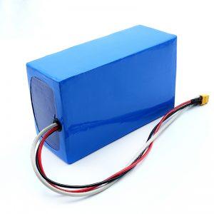 Lithiová dobíjecí 36V 10Ah Li -on 18650 baterie elektrického skateboardu